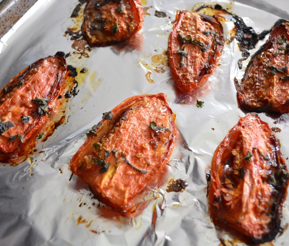 Oven Roasted Tomato and Ricotta Pita Pizza - Fresh and Fit
