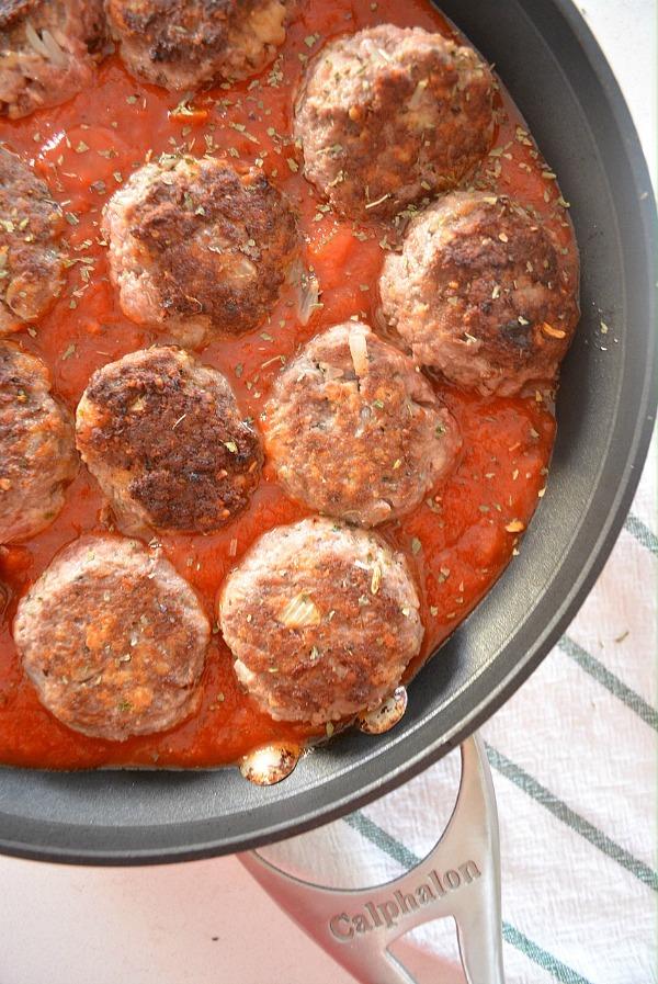 http://freshandfit.org/classic-italian-meatballs/