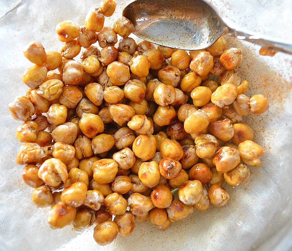 Maple, Cinnamon and Almond Glazed Chickpeas